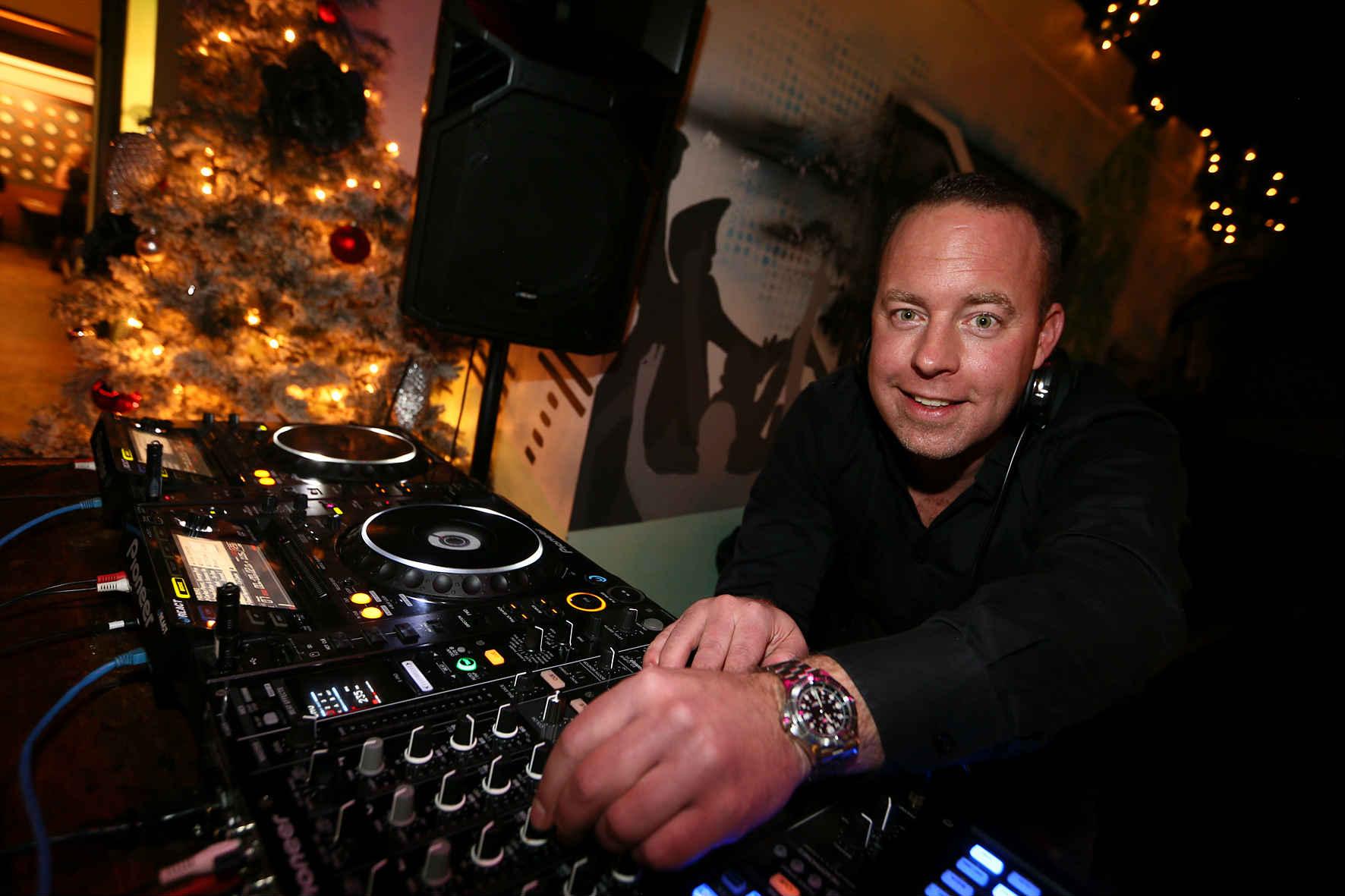 DJ PAPE WESTERGAS(3818)